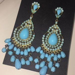 Jewelry - Aqua & gold toned chandelier earrings